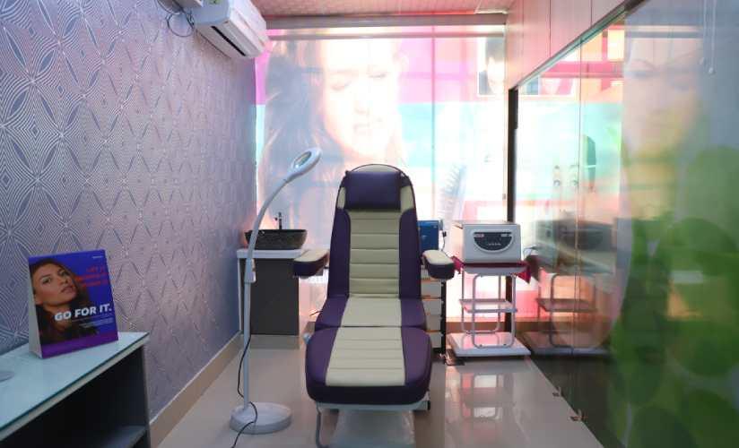 Procedure Room, Noida Sector-76