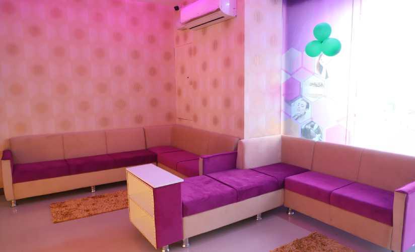 Waiting Area, Noida Sector-76